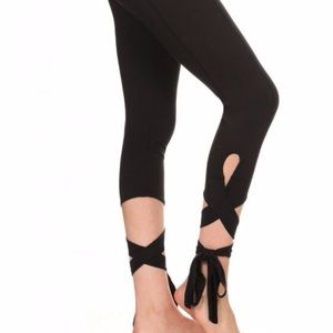 Forever 21 Capri Leggings with Ties